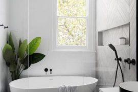 salle de bain avec équipement design