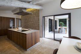 Soigner la décoration de sa maison tout en choisissant la performance énergétique est possible